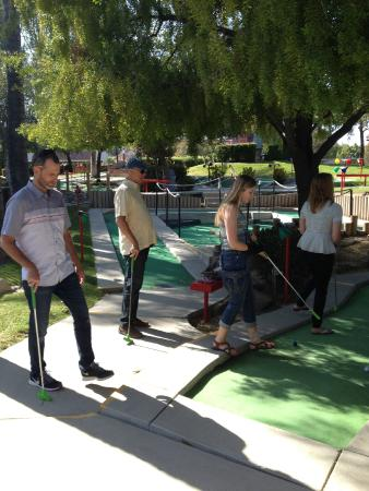 Santa Maria, Kaliforniya: mini golf