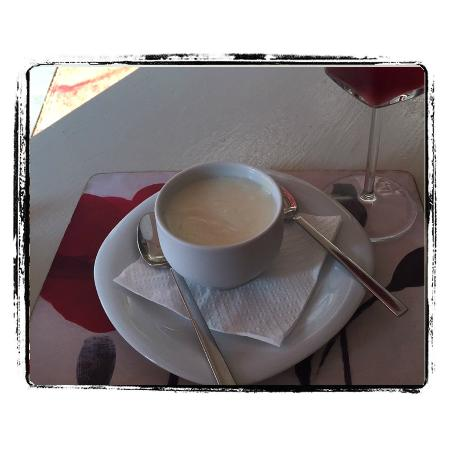 Ada Cafe: Damla sakızlı muhallebi