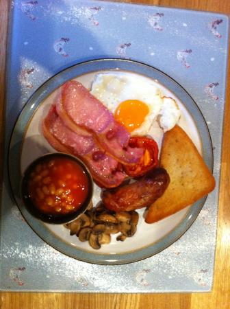 The Poplars - Rooms & Cottages: Breakfast - only the finest local produce