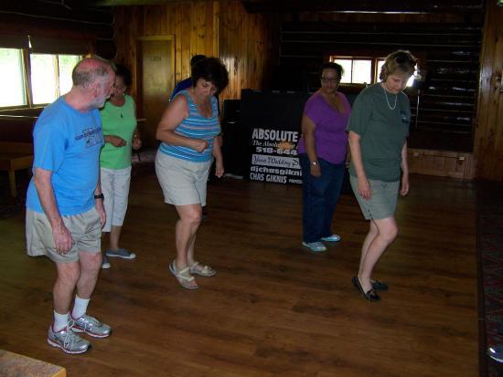 Warrensburg, Nowy Jork: Learn to Line dance
