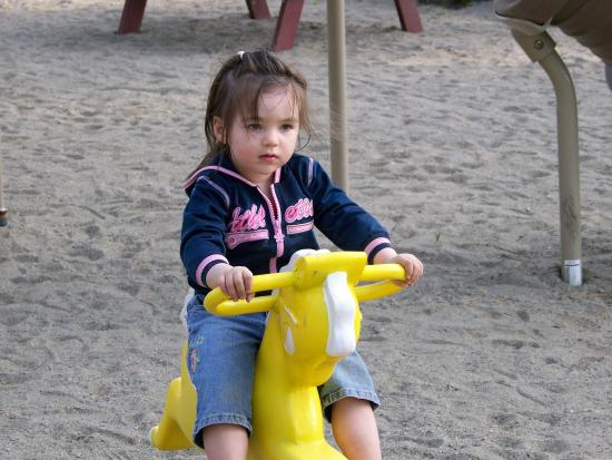 Warrensburg, Nowy Jork: Safe play areas
