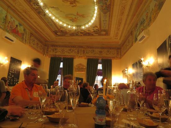 Ristorante L'Angolino di Mirko: la sala Tosatto dove abbiamo cenato