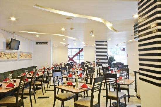 PF Suites: Restaurante Become