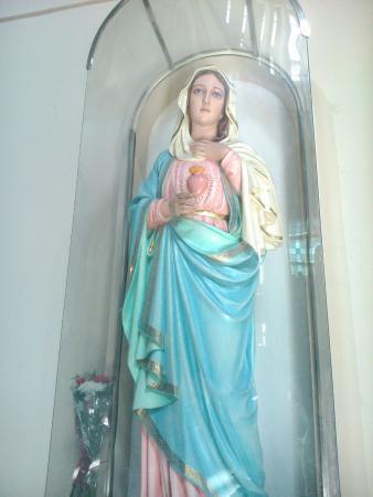 imágenes en el templo y durante semana santa la imagen de la virgen