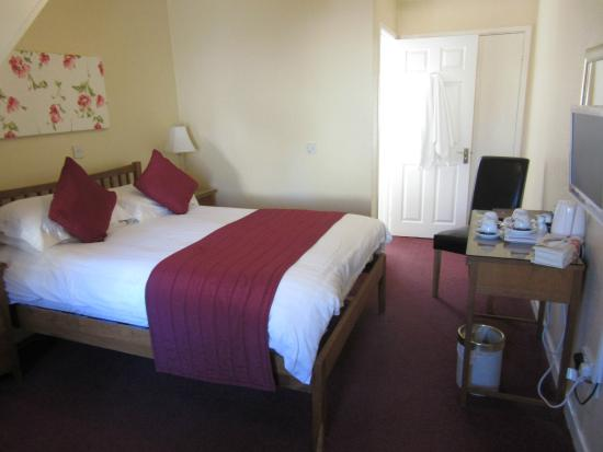 Broadlands Guest House: Room
