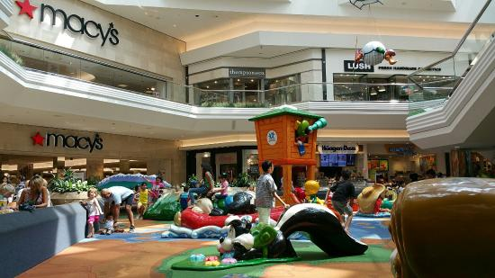 dee40bcb9309 Cherry Creek Shopping Center - Picture of Cherry Creek Shopping ...