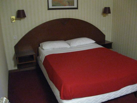 Hotel Imperial : Кровати