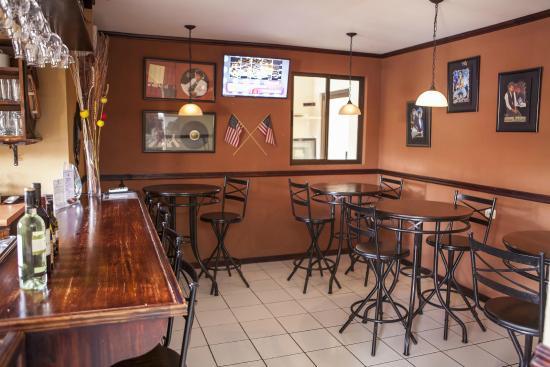 Berlor Airport Inn: Restaurante