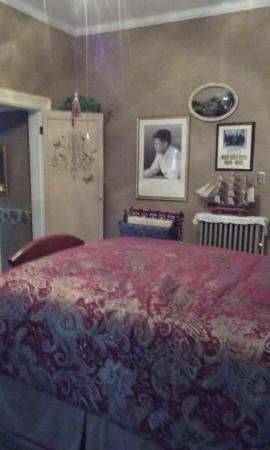 Tuck U Inn at Glick Mansion: The President's Room