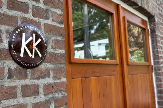 K&K chocolade-atelier:World's smallest chocolate factory