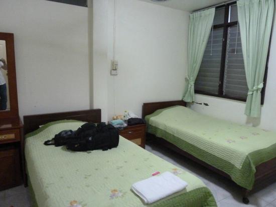 Top North Hotel Mae Sai: 部屋(窓なし)