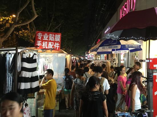 Mark night Market