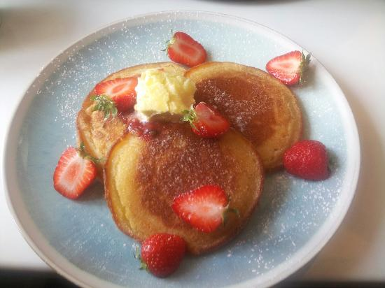 The Shed Cafe & Brunch Bar: American Style Pancakes... Homemade Pimms & Strawberry Compote... Fresh Strawberries & Cornish C