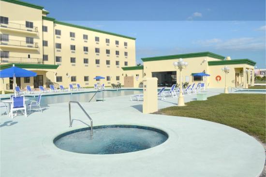 George Hardie's Las Vegas Hotel & Casino: Jacuzzi at Splash Poolside Cafe