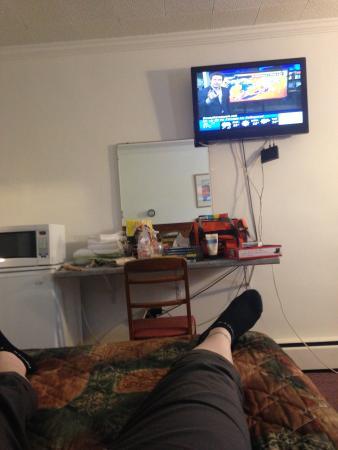 Pleasant Manor Motel: Television