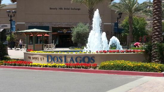 ‪The Shops at Dos Lagos‬