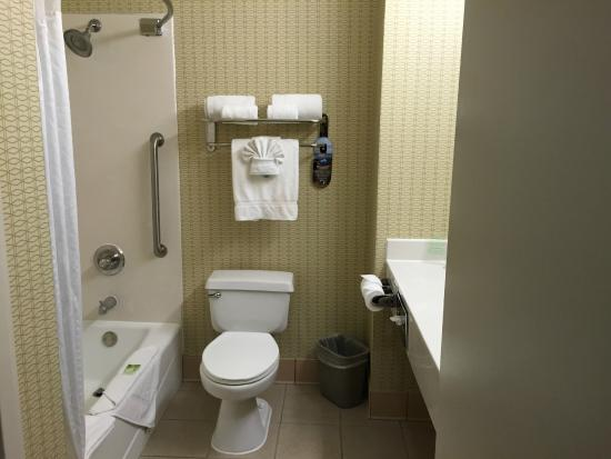 Country Inn & Suites by Carlson San Jose International Arpt : Bathroom