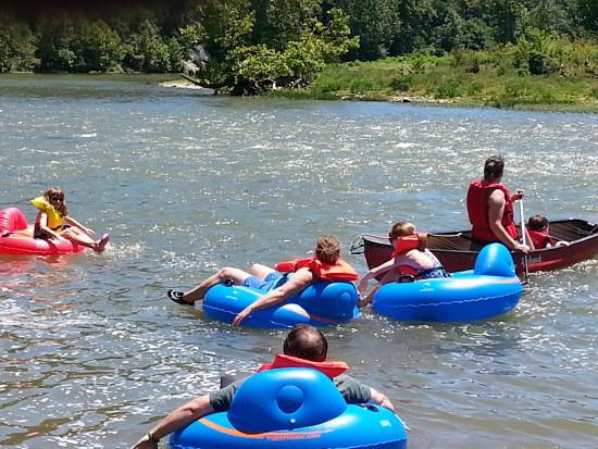 Rileyville, Wirginia: Floating on the Shenandoah River