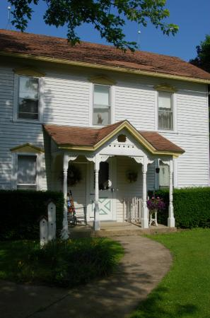 Mount Carroll, IL: Lovely Victorian B & B