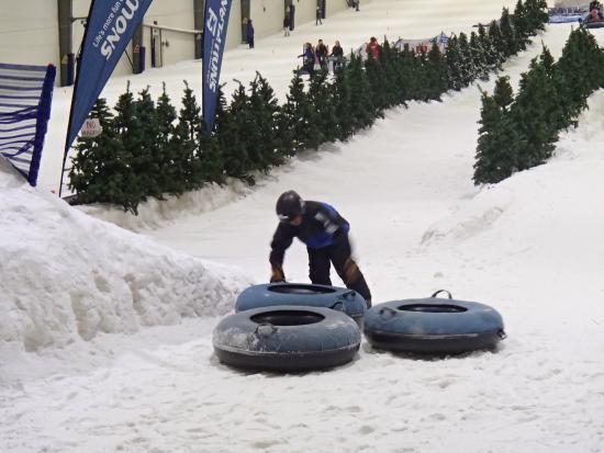 Snowplanet : Un tour de luge