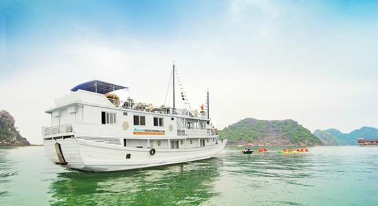 Aquarena Travel - Halong Bay Cruise