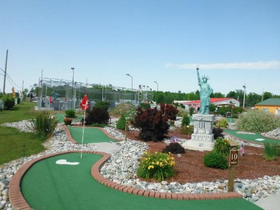 Arzo Sports and Fun Park