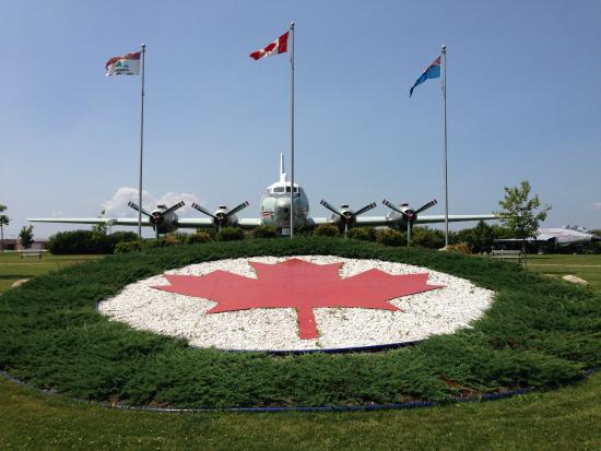 Slemon Park Hotel & Conference Centre : Canada mapleleaf