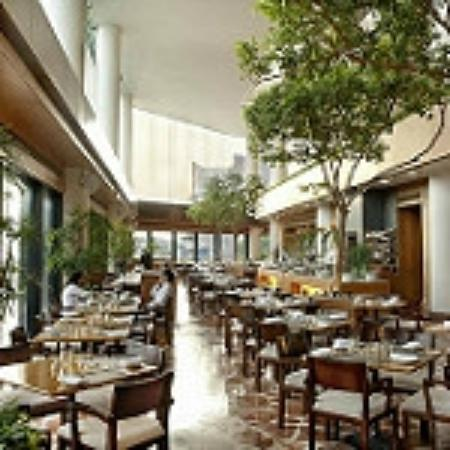 Harbourside Restaurant: InterContinental Hong Kong Harbourside