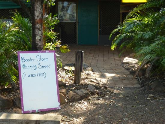 Border Store in Kakadu: Quaint sign at Border Store