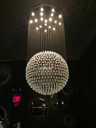 Edison Ballroom: Chandelier in the Edison Balroom