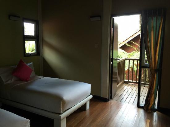 Kinabalu Park: 2nd room, 2 single beds