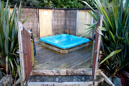Rimu Park Lodge: Spa pool