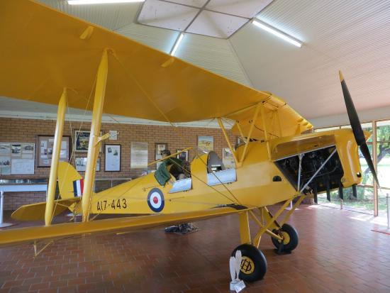 Narrandera, Австралия: Tiger Moth Memorial - the star of the show