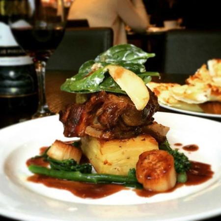Oscar's Hotel & Cafe Bar: Western Plains Pork Shoulder