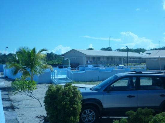 Auga Seaside Resort: Other side of resort from where we had our room.