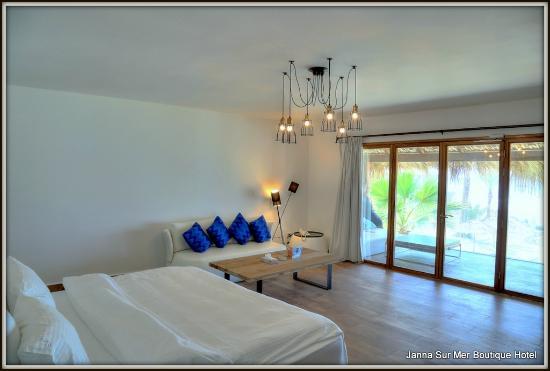 Janna Sur Mer: Spacious Rooms