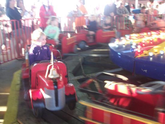 Gillian's Wonderland Pier: Having so much fun!