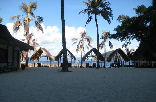 El Nido Resorts Miniloc Island: right in front the private beach