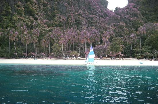 El Nido Resorts Miniloc Island : Peace and calm...isolated white sand beaches!!!