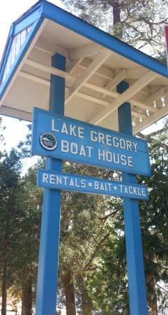 Lake Gregory Regional Park: sign
