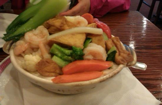 Fortune Palace Restaurant: tofu seafood hotpot