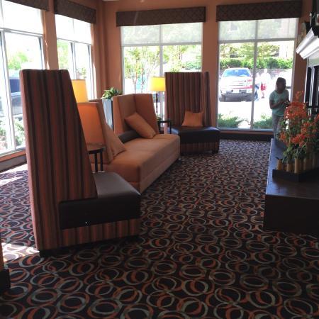 Hilton Garden Inn Birmingham/Trussville: Lobby Area