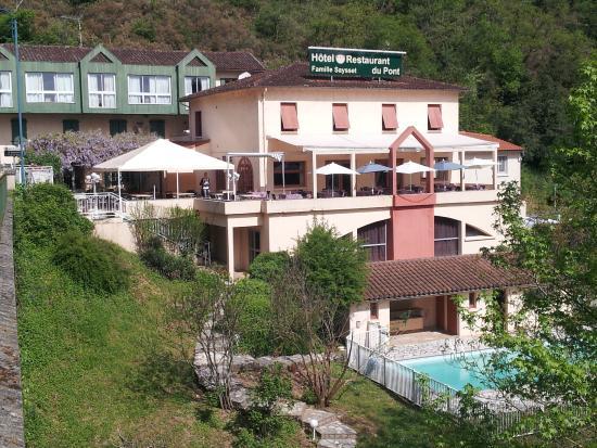 Logis Hotel du Pont: notre hôtel restaurant