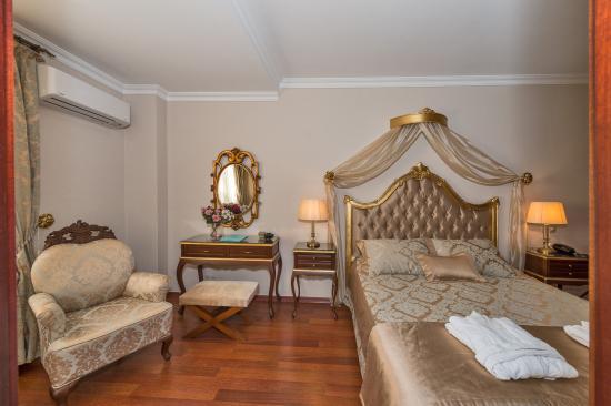 Daphne Hotel: Deluxe Room