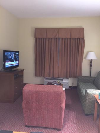 Homewood Suites by Hilton Champaign-Urbana : Room Living Area