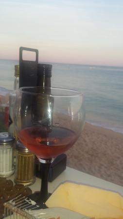 Quintinha Village : Dinner by the beach in Armação