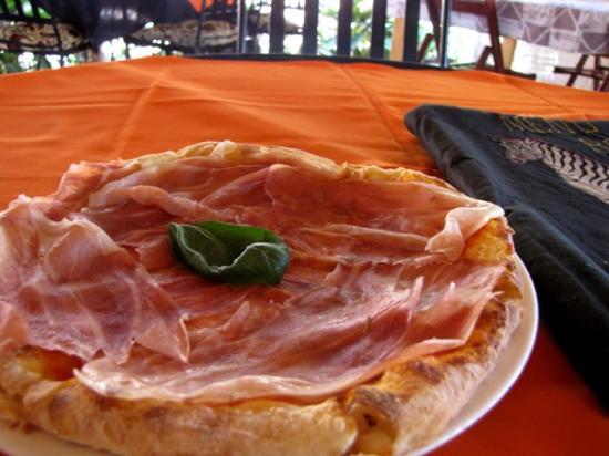 Beautiful Olgau0027s   The Italian Corner: Pizza Al Prosciutto Crudo Di Parma: Superba