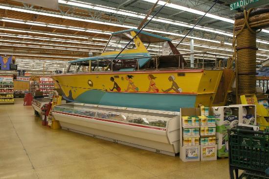 Seafood section picture of jungle jim 39 s international for Fish market cincinnati