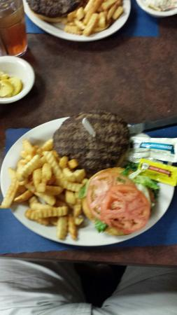 Corky Bell's Seafood: Burgers too!