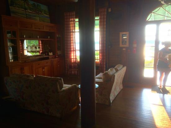 Chebeague Island, ME: Lobby of the Inn